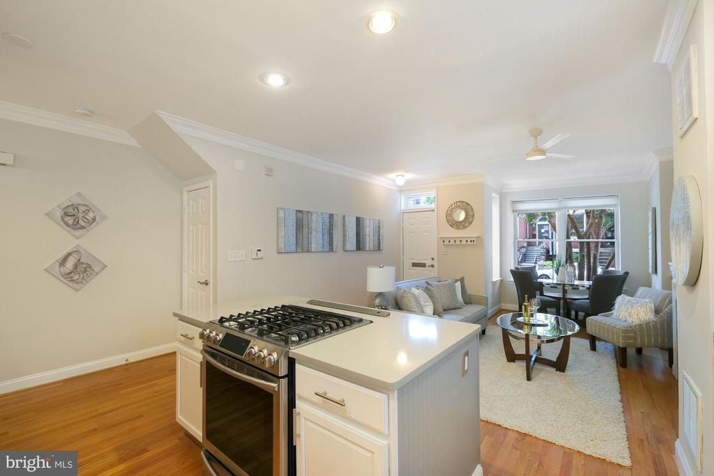 75 R ST NW #1 photo