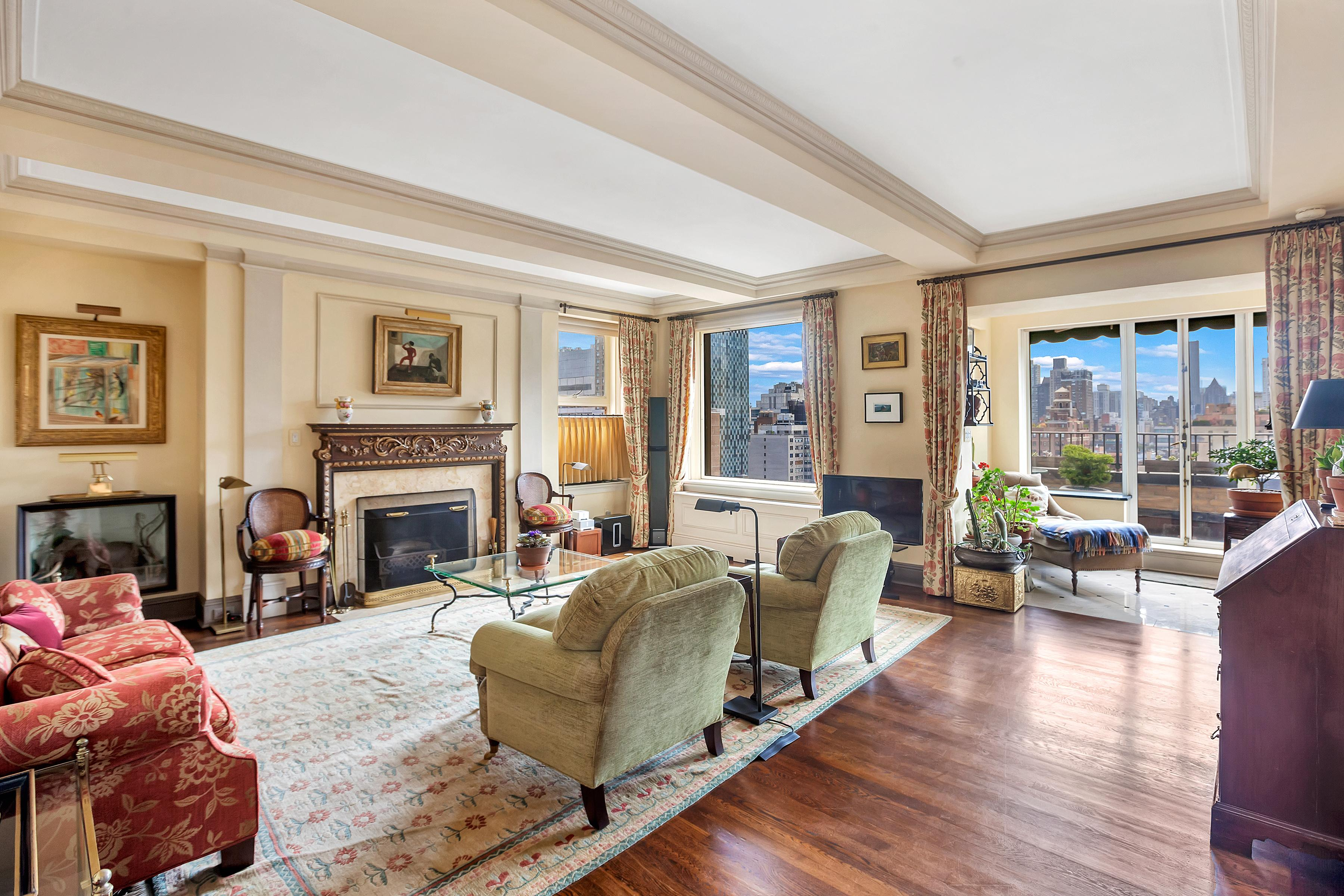 320 East 72nd Street PHB