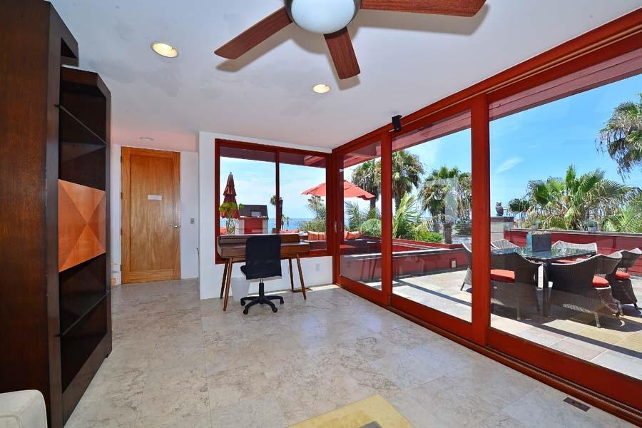 257 Playa Del Sur preview
