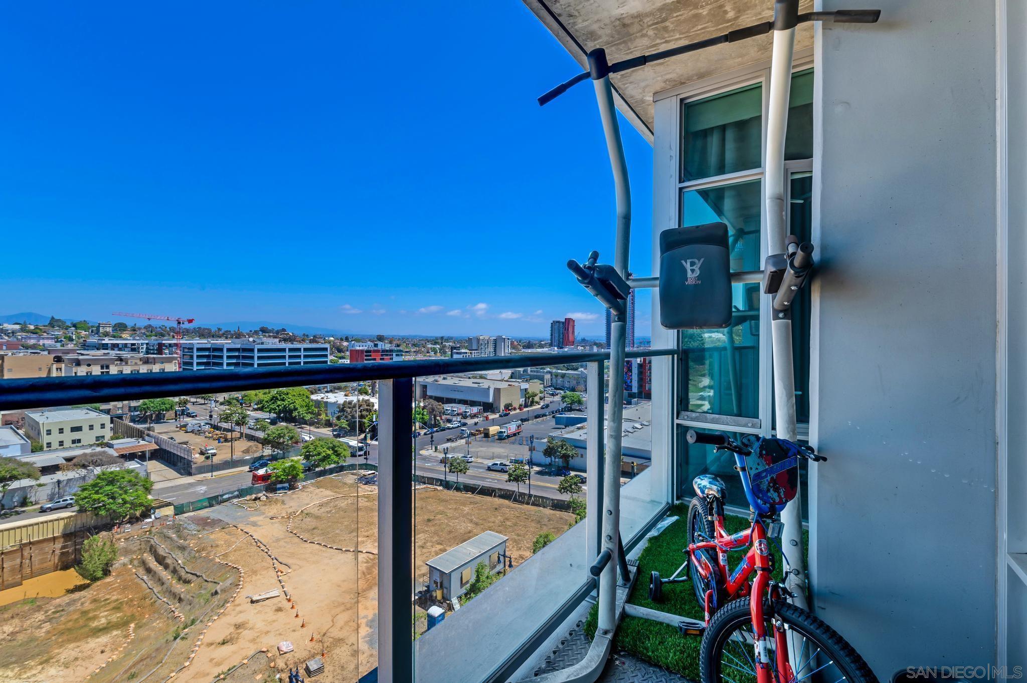 1080 Park Blvd Unit: 811 photo
