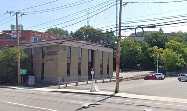 210 Highland Ave
