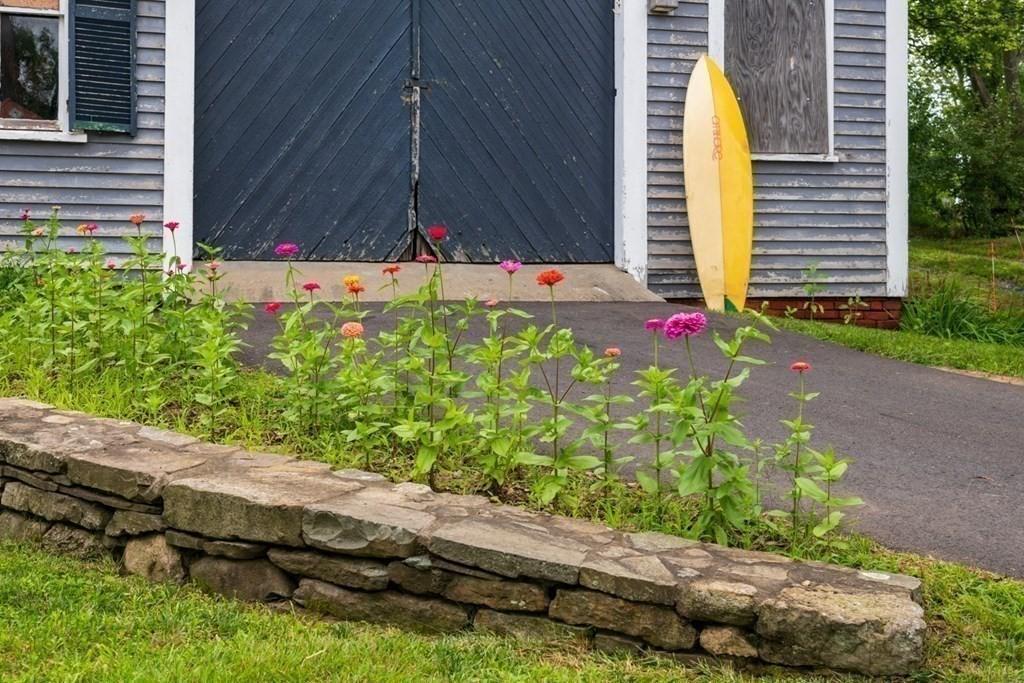 105 Summer Street photo