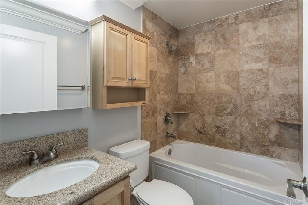 5335 Cartwright Avenue Unit: 3 photo