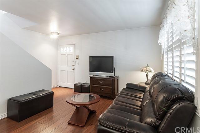 305 E Valencia Avenue Unit: K photo
