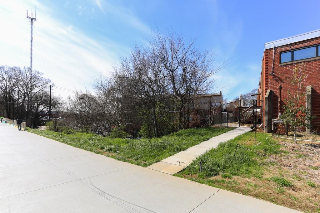 174 Chester Avenue Unit: 54 photo