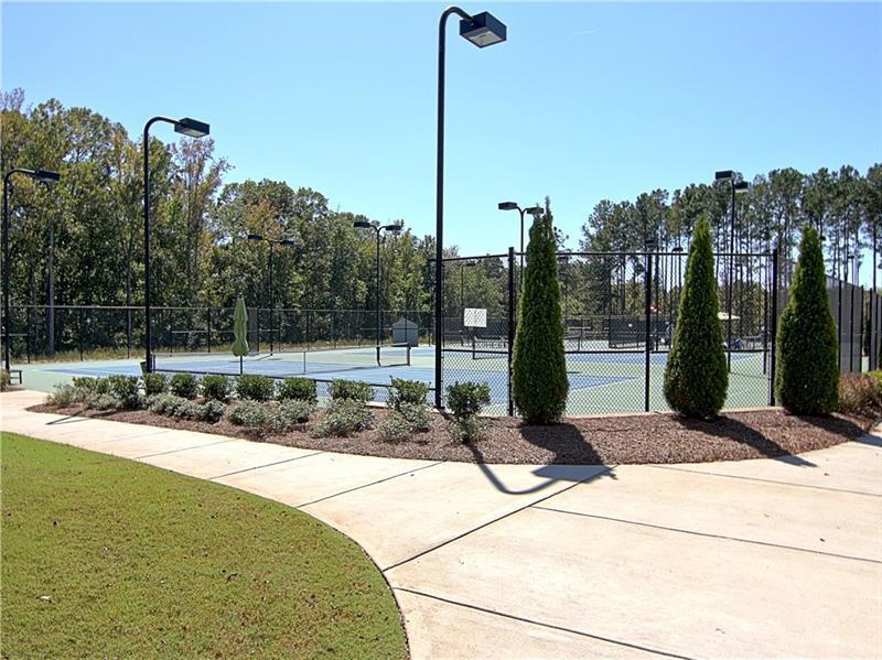 411 Cottonwood  Circle photo
