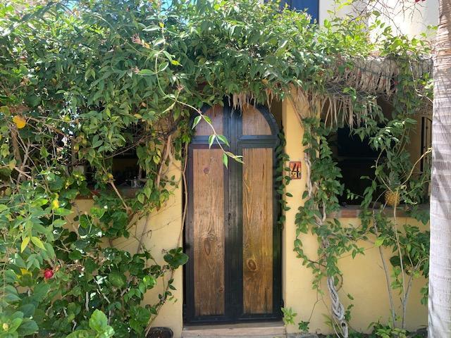 Villas de Cerritos, # #4