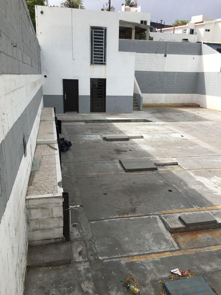 L 09 M 62 Valerio Gonzalez Street