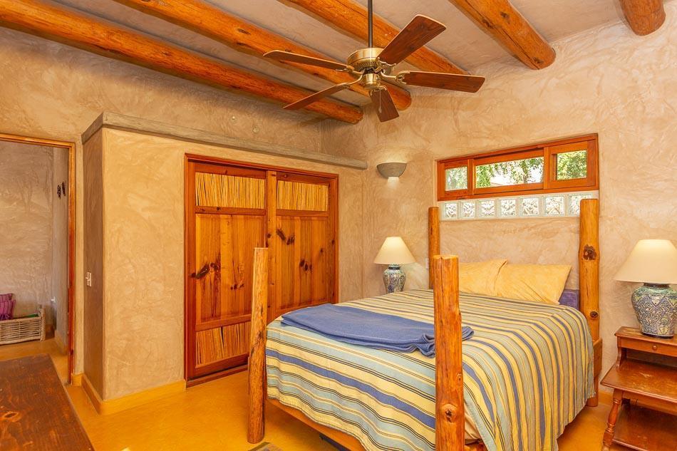 Casa Luna Todos Santos,