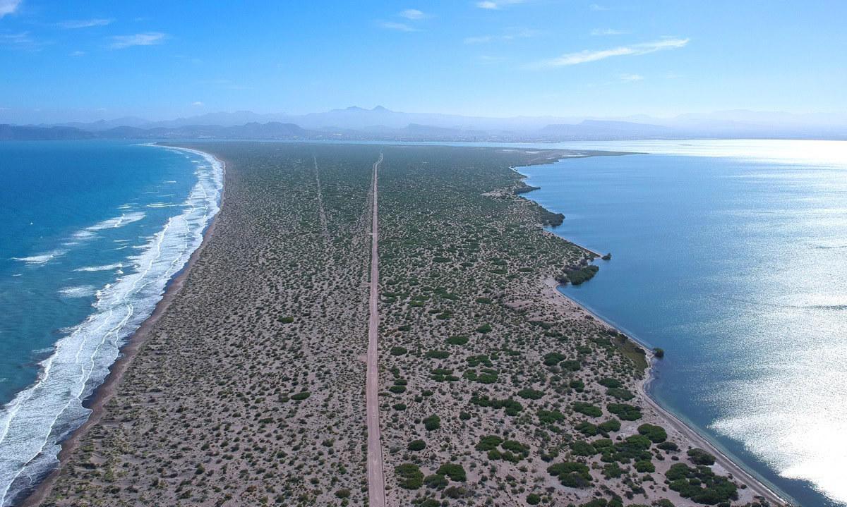 Highway La Paz - San J.C.