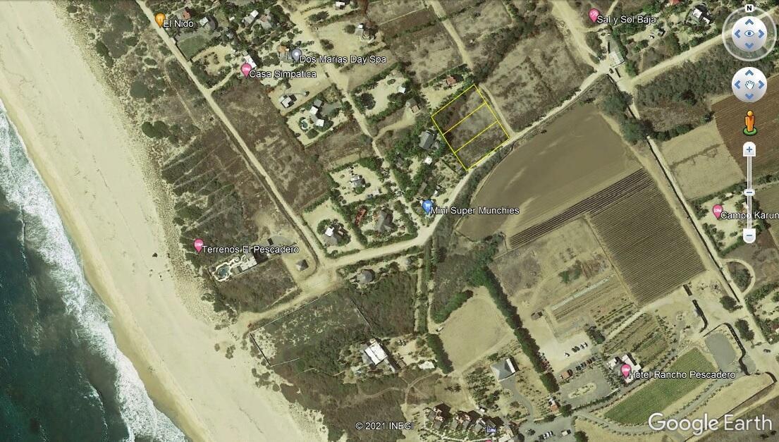 San Pedrito Beach Access Lot