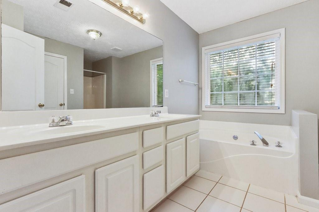 2405 RIVER PLACE Crossing photo
