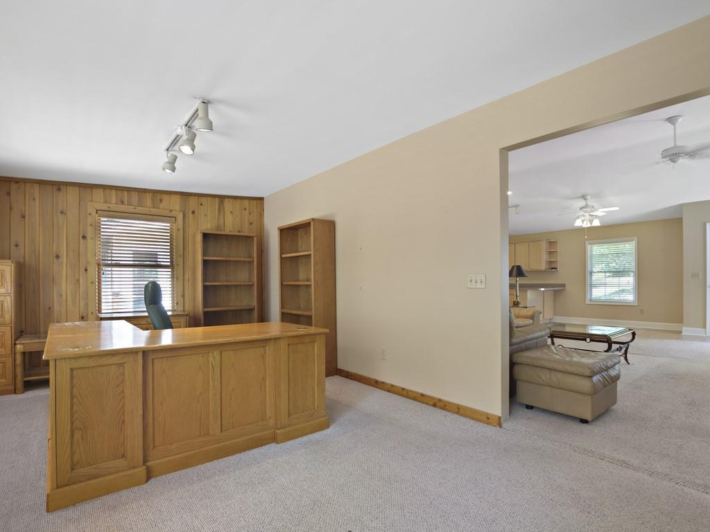 6440 Ford Road photo