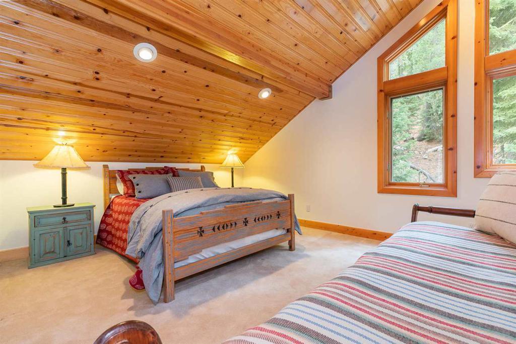 358 Sierra Crest Trail photo