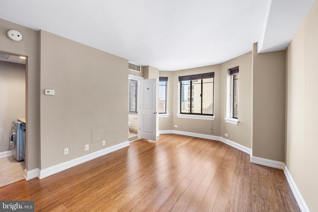 222 W RITTENHOUSE SQ #1204 preview