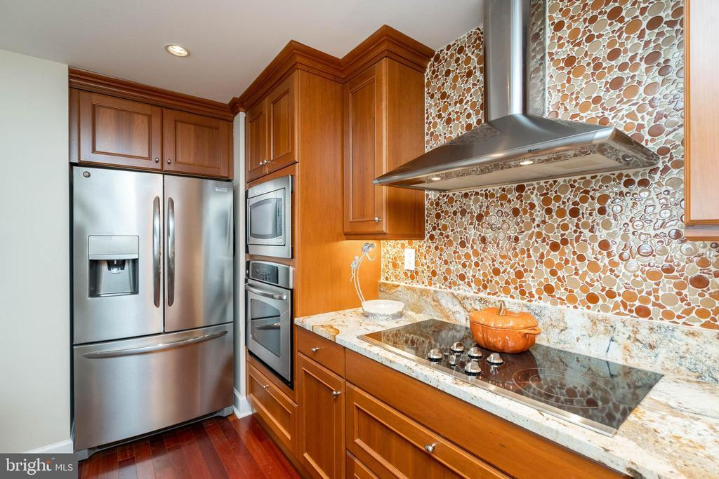 1701-15 LOCUST ST #1514 preview