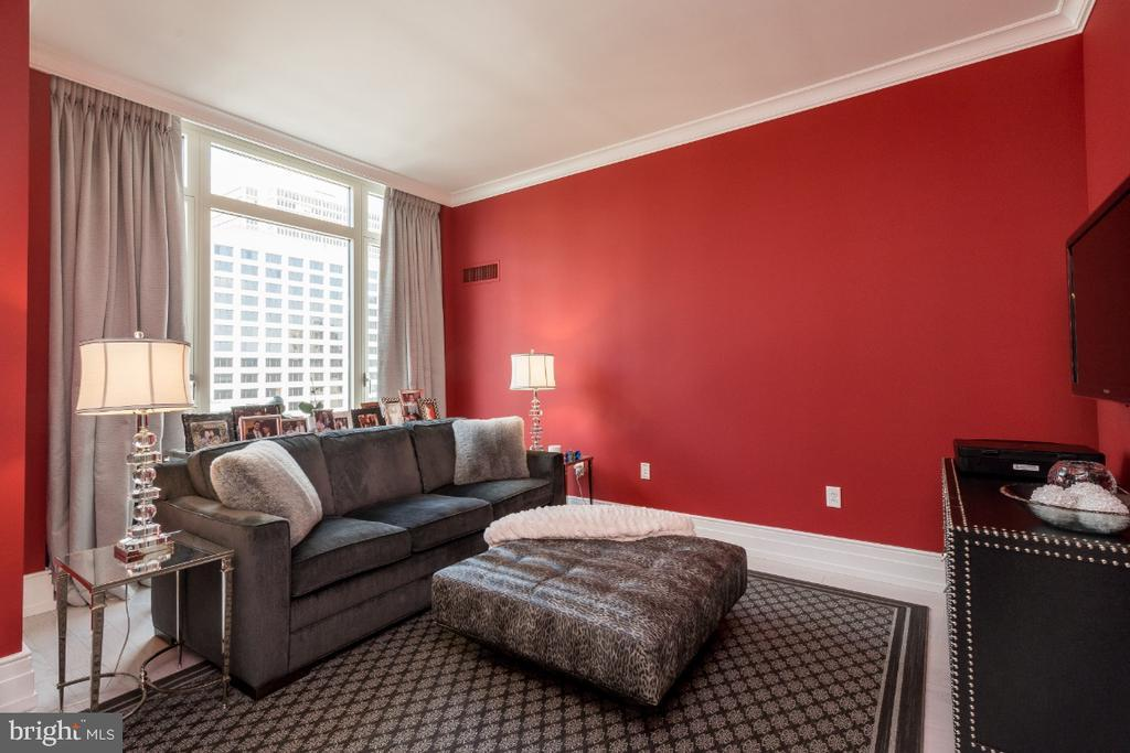 130 S 18TH ST #1502 preview