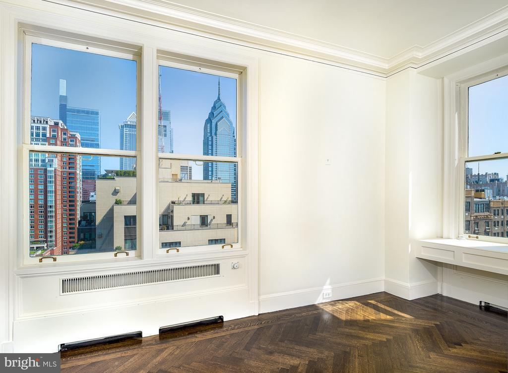 237-47 S 18TH ST #19A preview