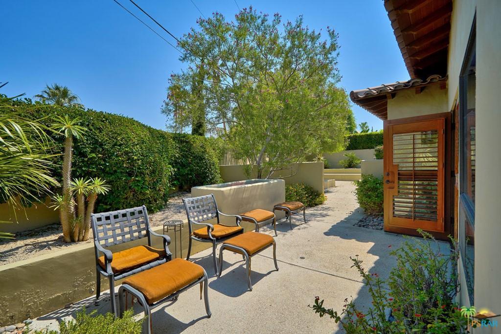 1120 Villa Francea photo