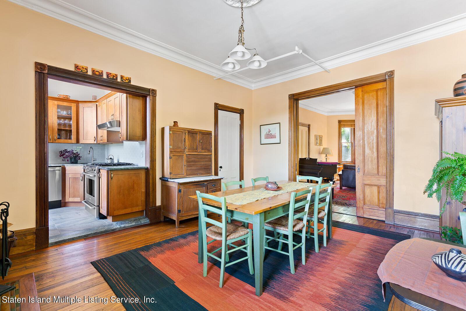 9 Carroll Place photo