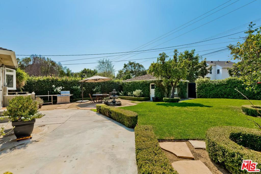 807 N Doheny Dr photo