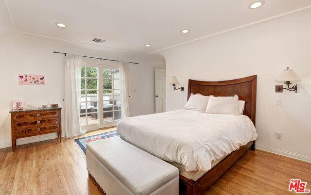 2041 SELBY AVE preview