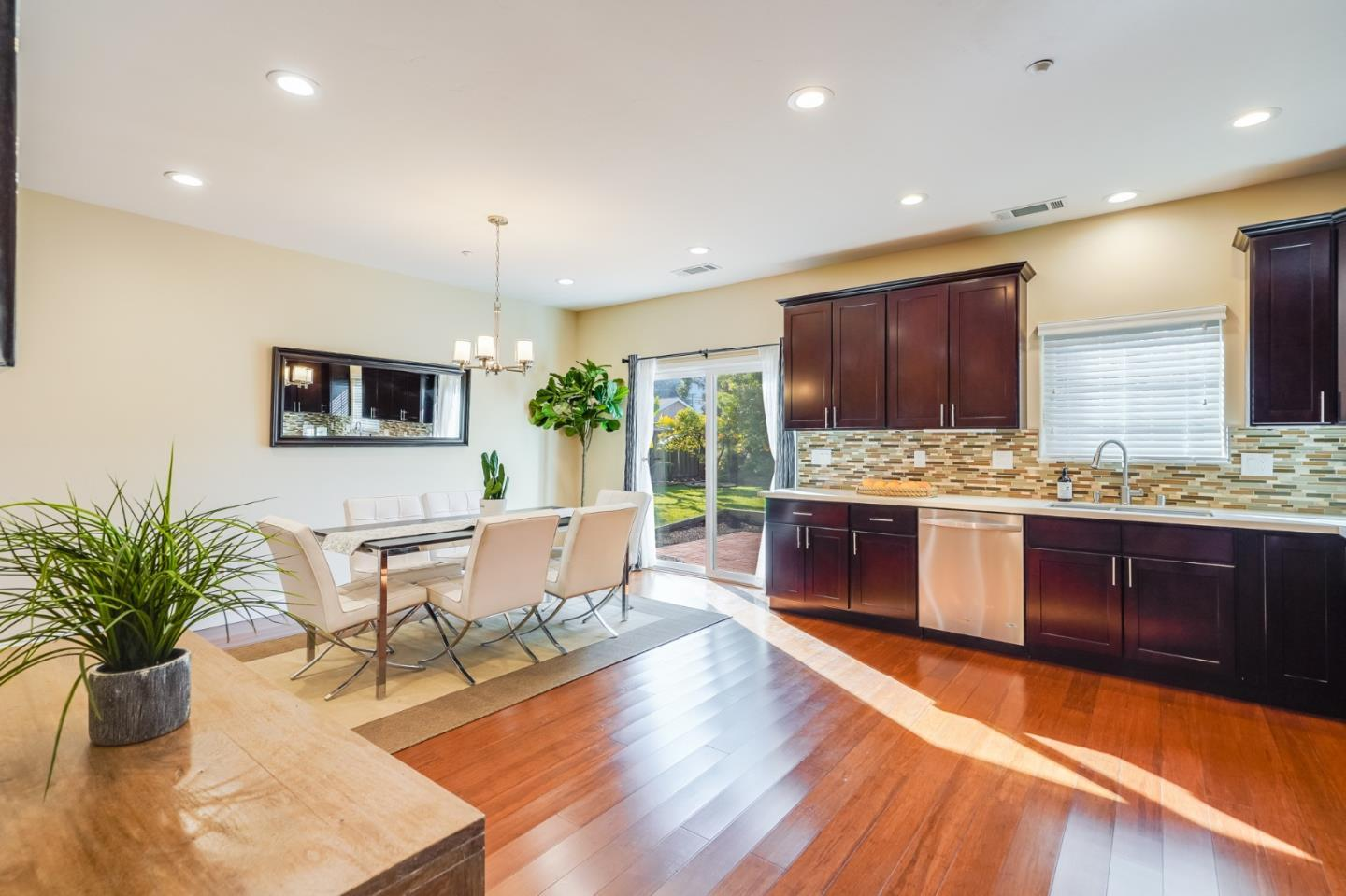 37129 Dutra WAY preview