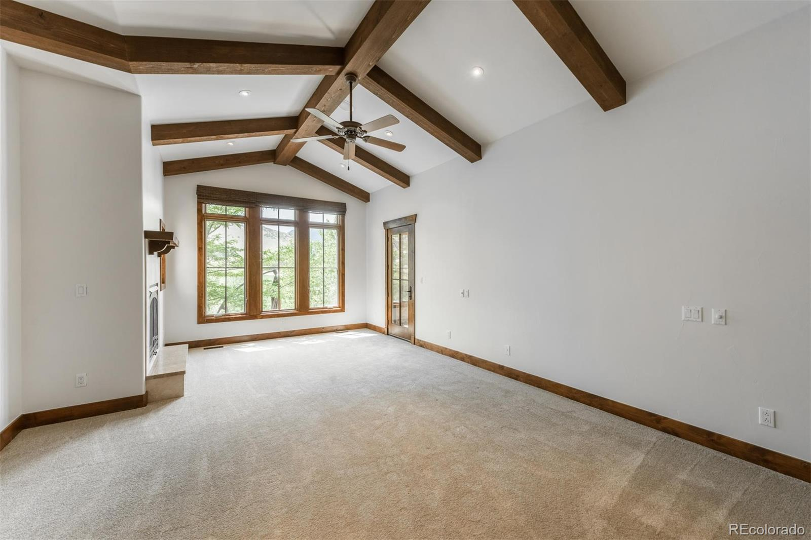 8131  Paradiso Court preview