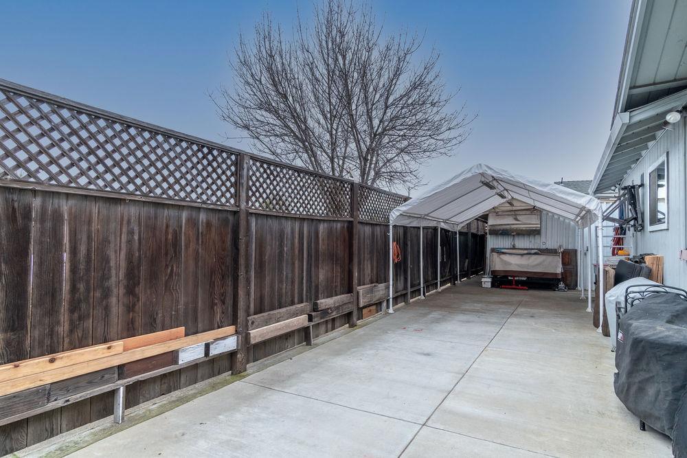 2924 Capewood Court photo