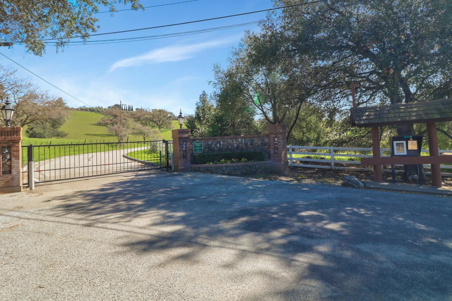 2700 Paseo Robles AVE photo