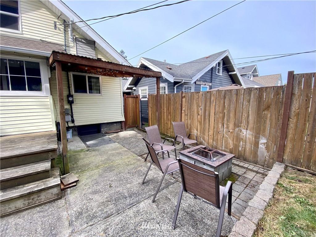 945 S Ridgewood Ave  photo