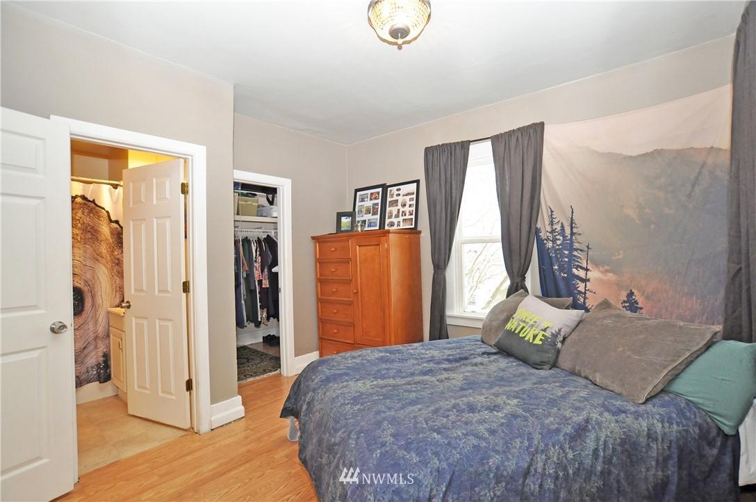 622 N Oakes  Street photo