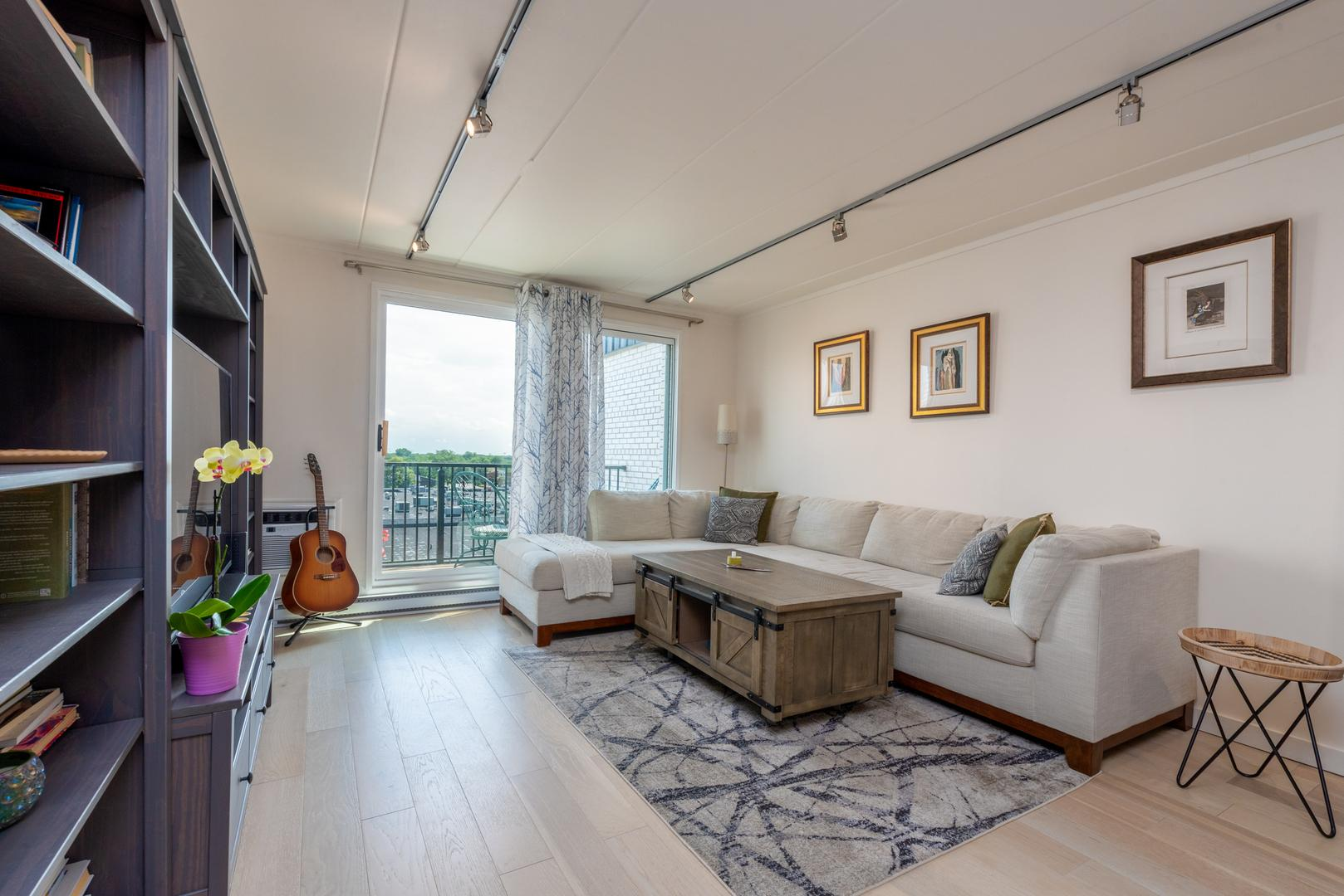 9128 W Terrace  Drive, Unit 6I photo