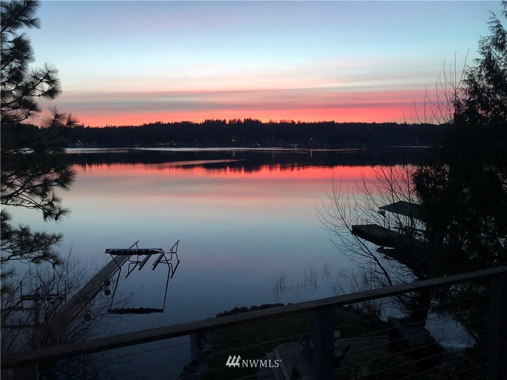 3861 E Lake Sammamish Parkway NE photo