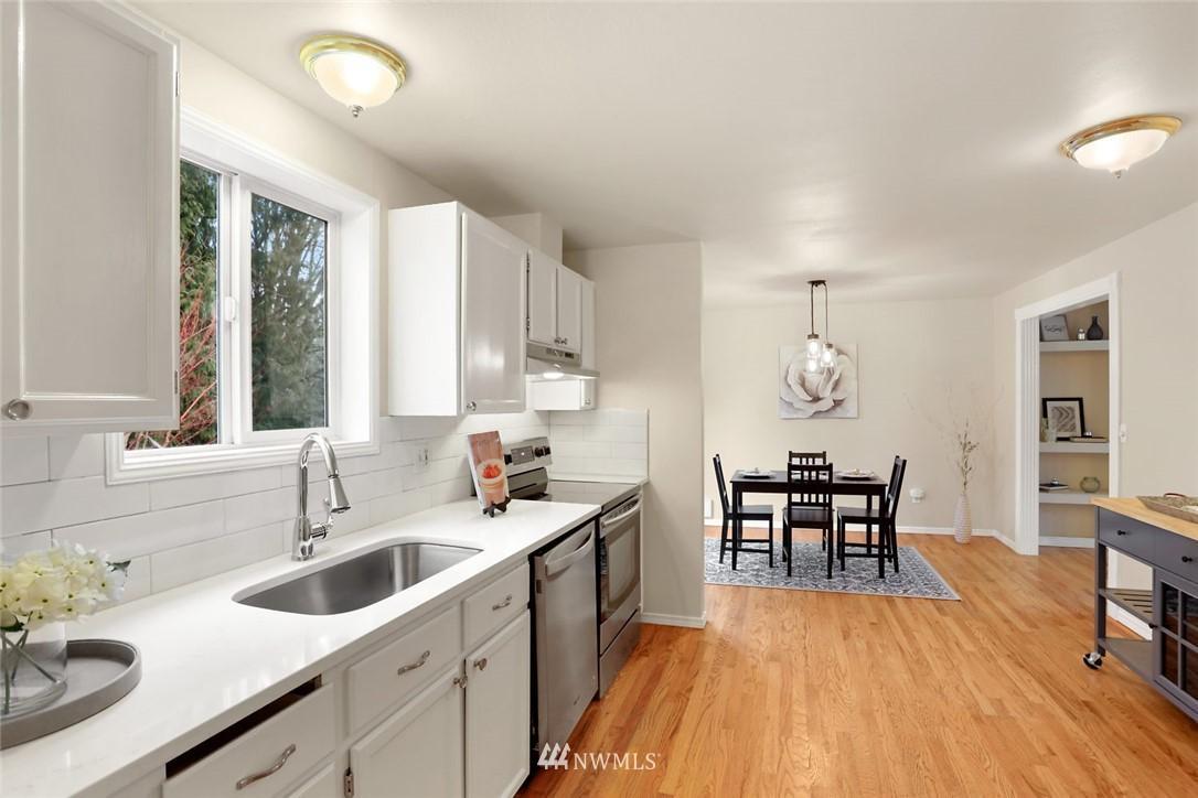 26824 NE Beadonhall  Street photo