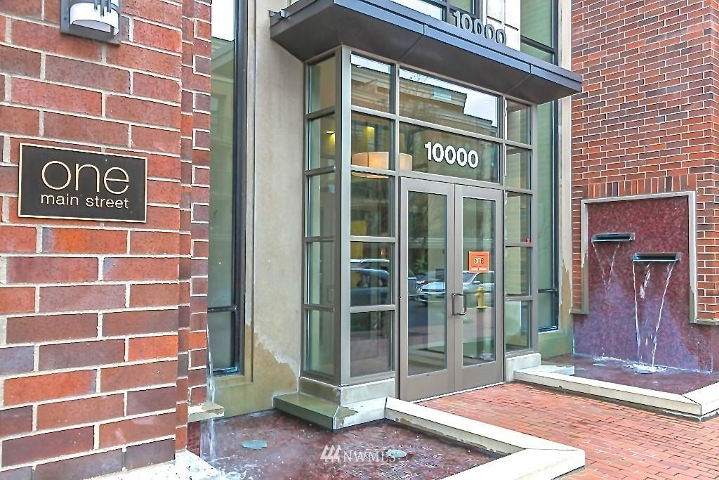10000 Main  Street, Unit 204 photo