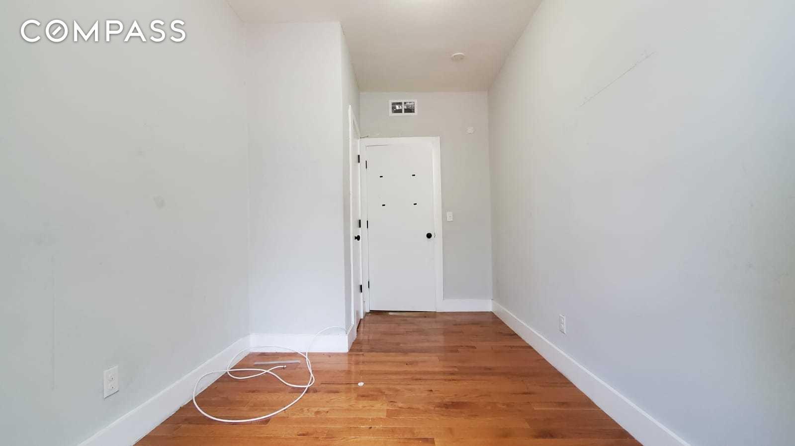 1450 Leland Avenue Unit: 1-B photo
