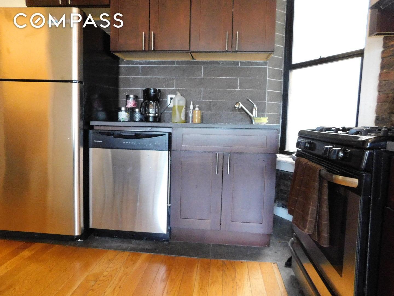 429 Lenox Avenue Unit: 13 photo