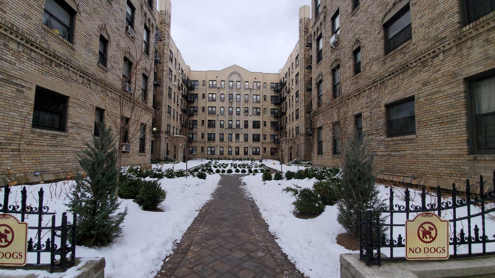2075 Wallace Avenue Unit: 449 photo