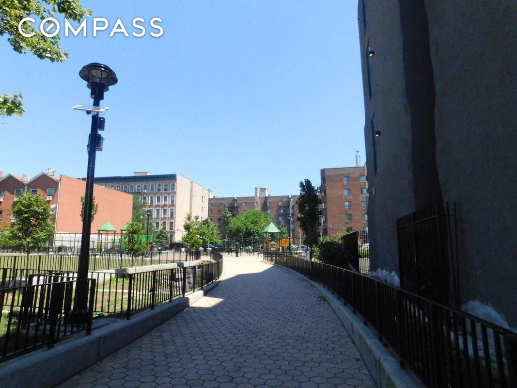 459 E 135th Street Unit: 3-B photo