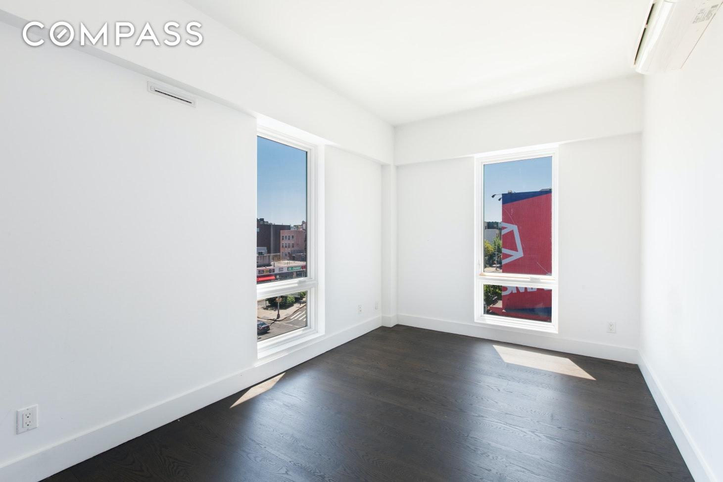 596 Washington Avenue Unit: 5-B photo