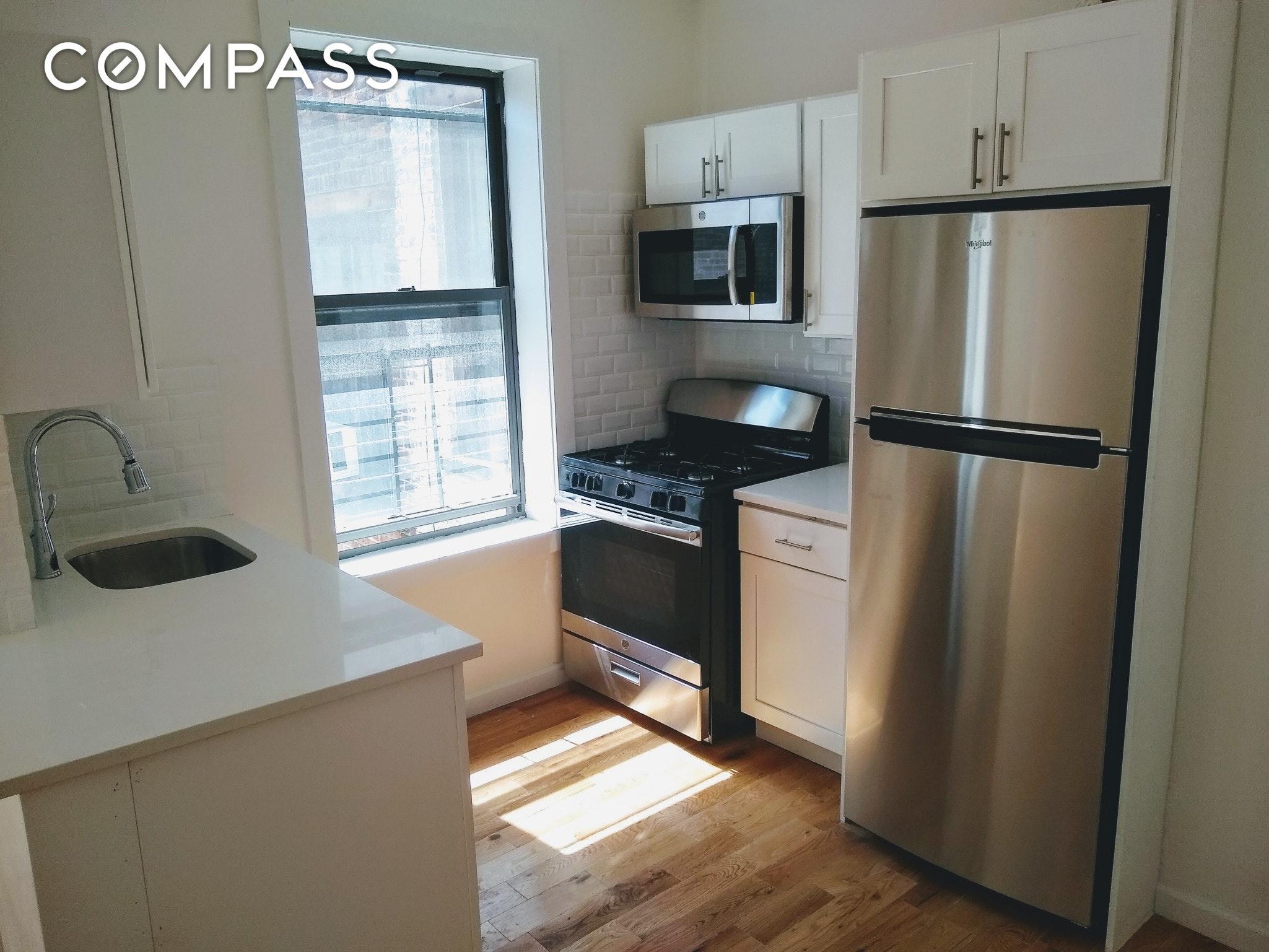 349 E 193rd Street Unit: 9 photo