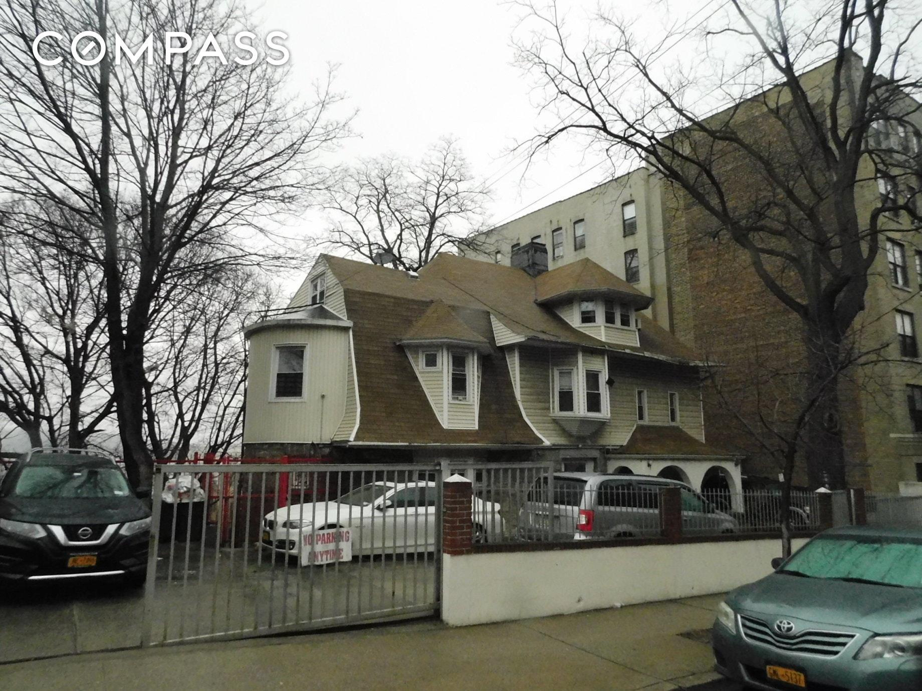2241 Sedgwick Avenue Unit: 1 photo