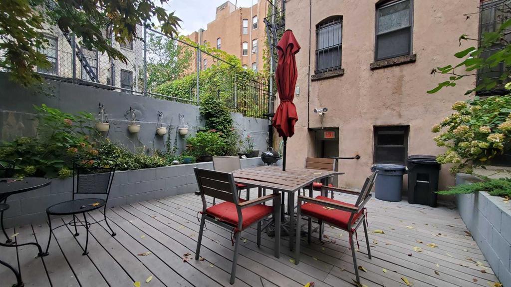 4 East 132nd Street 1-R photo