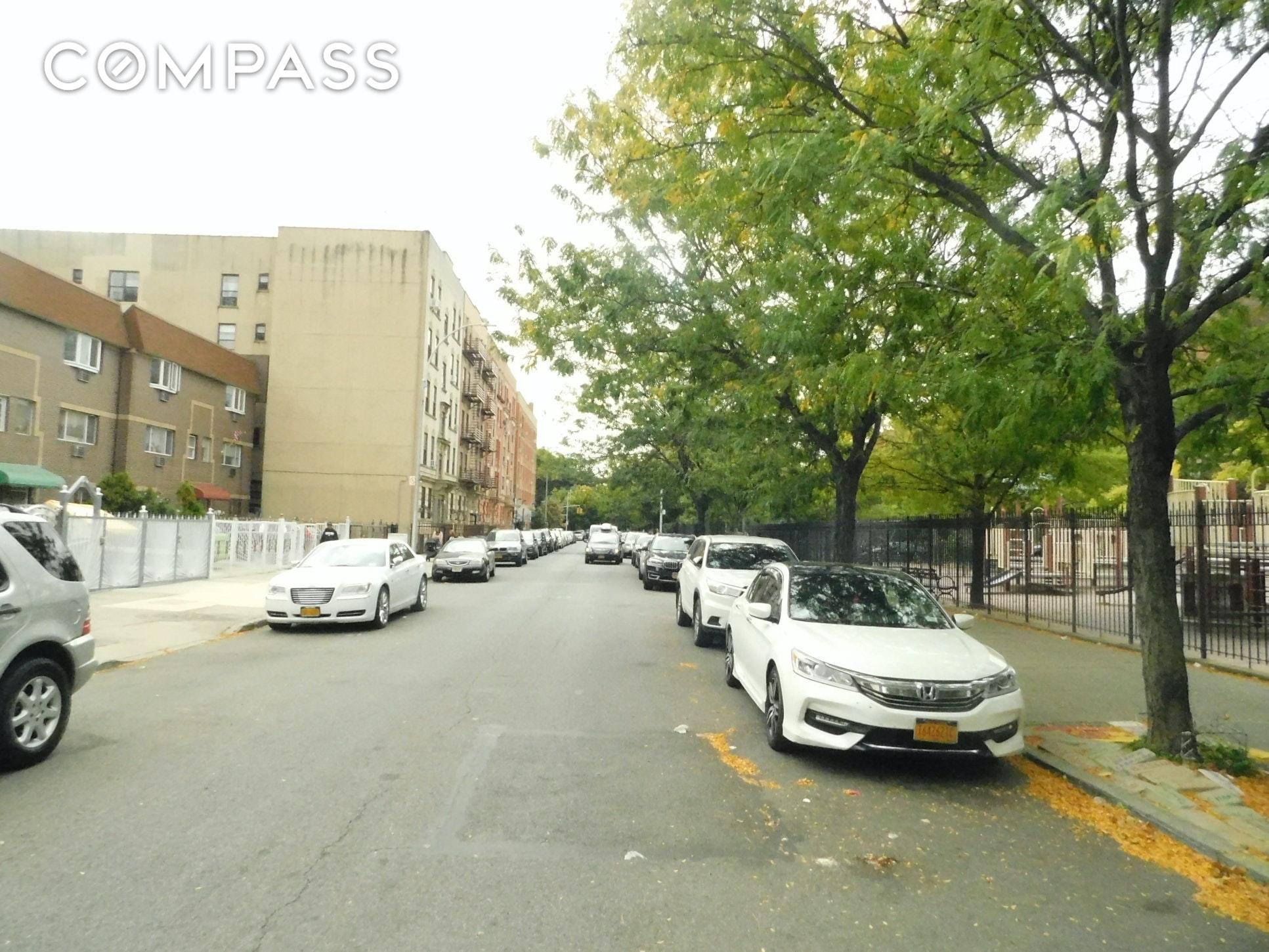 1047 Hoe Avenue Unit: 1-C photo