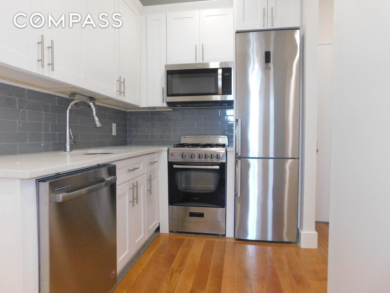 539 Lenox Avenue Unit: 4-C photo