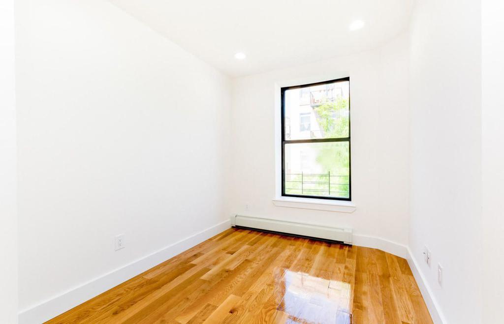 309 West 121st Street 3-B photo