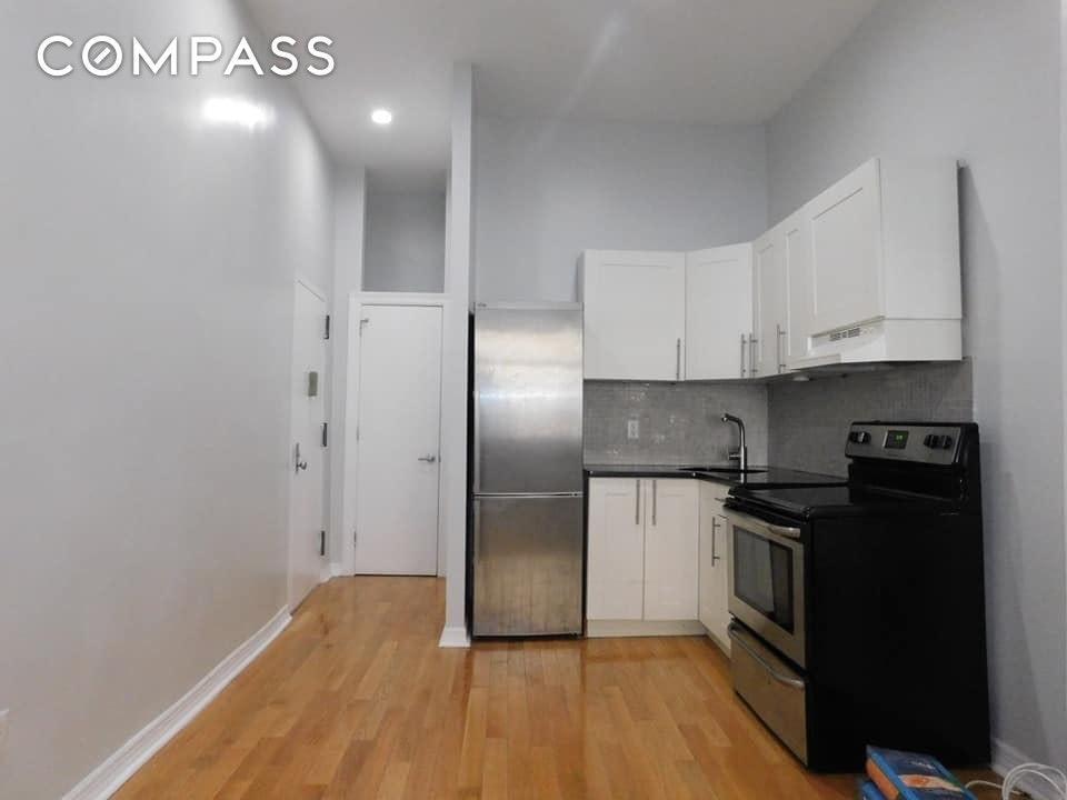 530 W 159th Street Unit: 1-FW photo