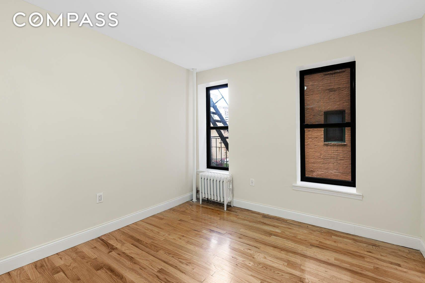 1636 Lexington Avenue Unit: 15 photo