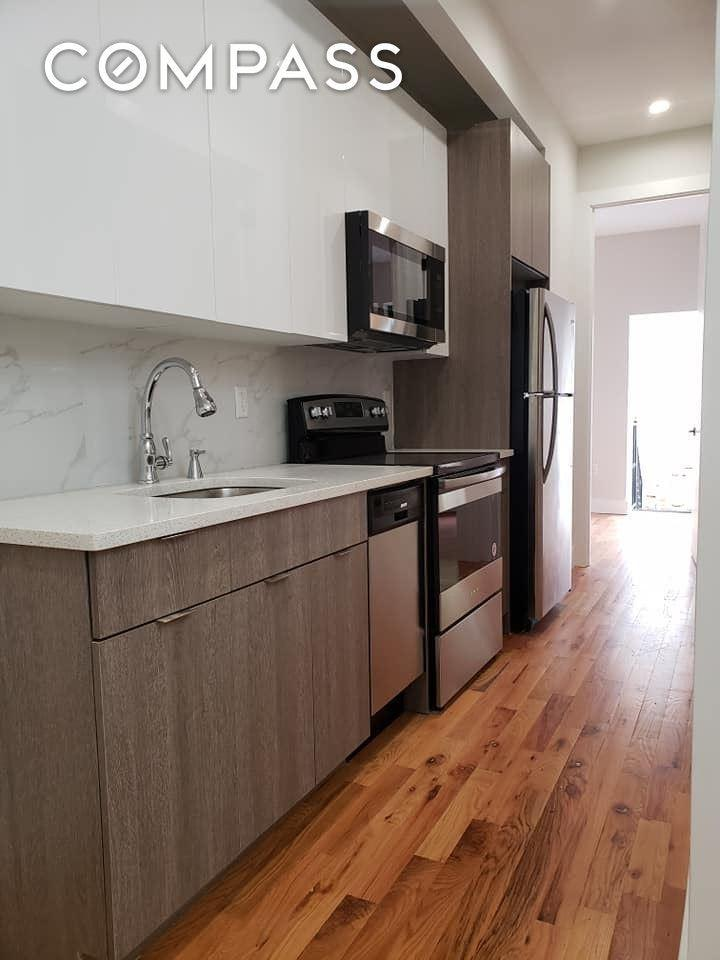 1671 Lincoln Place #4-D photo